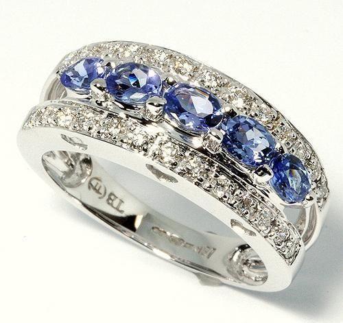 Diamond & Tanzanite Engagement Ring For Sale In Benoni