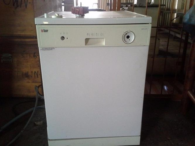 Dishwasher For Sale.model:Bauer Wqp12 Efm.