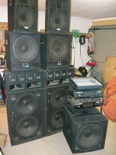 dj equipment for sale in pretoria gauteng classified. Black Bedroom Furniture Sets. Home Design Ideas