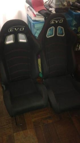 Evo Racing Bucket Seat Excellent Condition For Sale In Cape Town Western Cape Classified Southafricanlisted Com