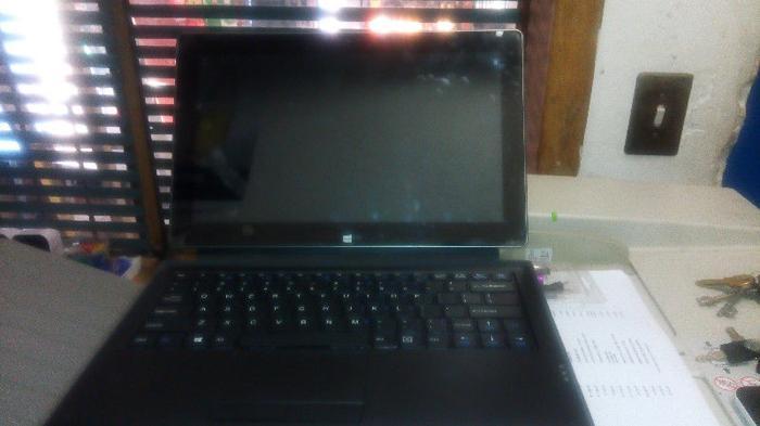 Excellent Ronovation Laptop Core i5 (NEW)