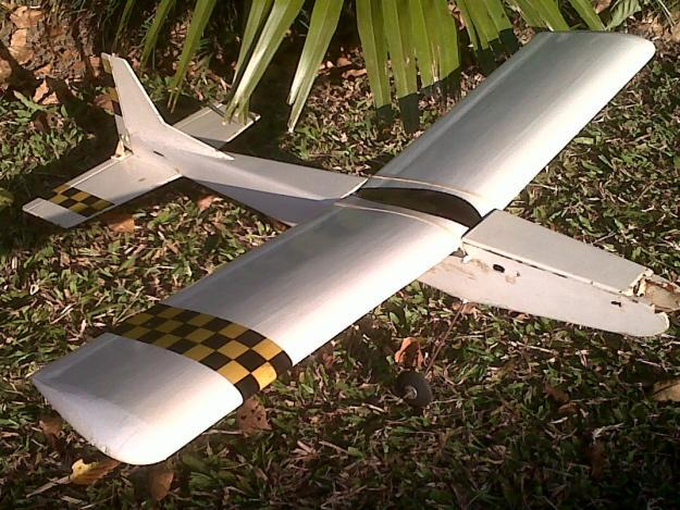 FAST RADIO CONTROLLED PLANE FOR