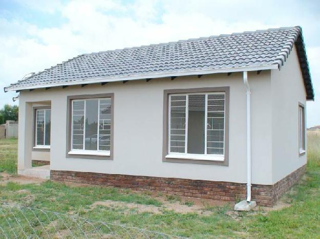 For R511 000 you could be the proud owne.. - House For