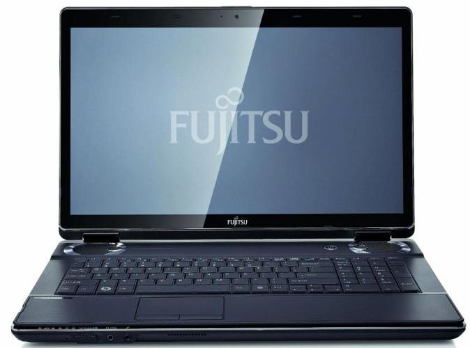 Fujitsu Lifebook NH751 (Intel i5, nVidia GT525M, 750GB