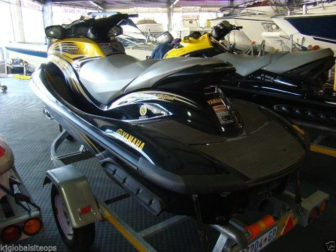 FX 160 Yamaha 2006 model with 60 hrs very good
