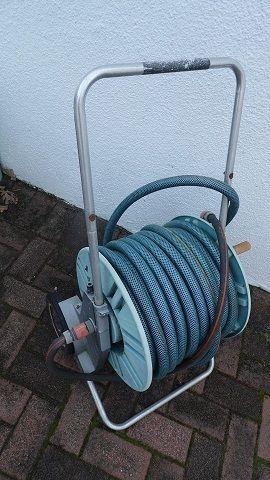 Gardena mobile hose reel with hose