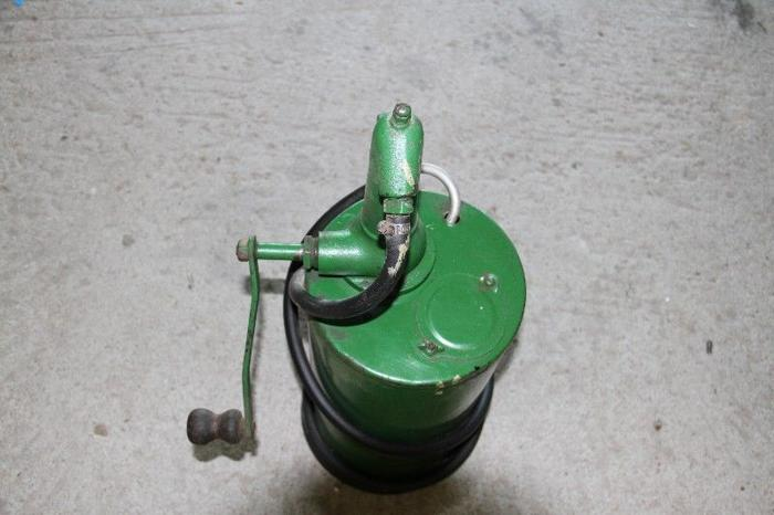 gearbox and diff hand pump
