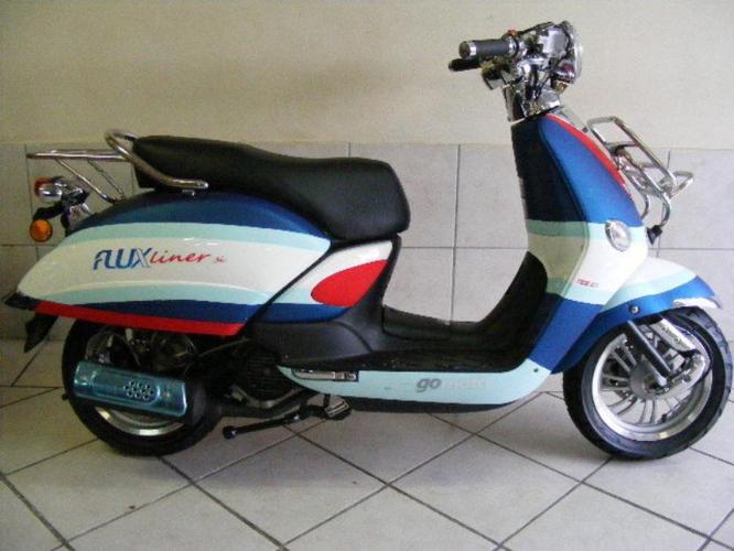 Gomoto Fluxliner 150