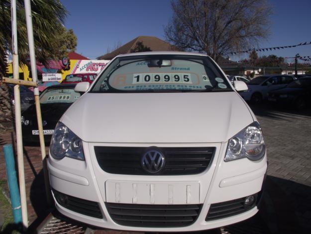 Green VW Touran 2.0FSI for sale