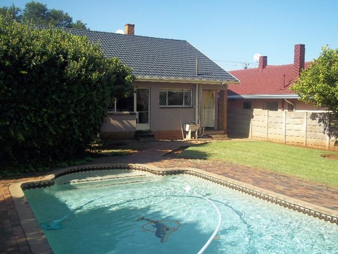 Home Pool Garage And Servant Quarters For Sale In