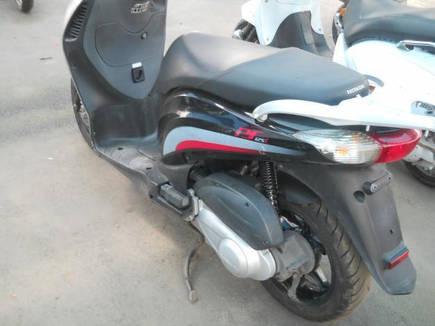 Honda 125 fuel