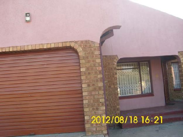 Hot property in Witbank - Ackerville - 4   - House For Sale