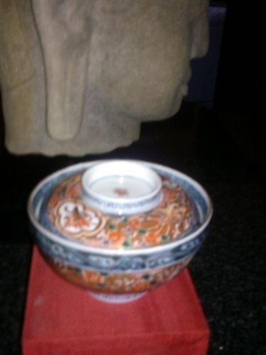 Imari Covered Bowls