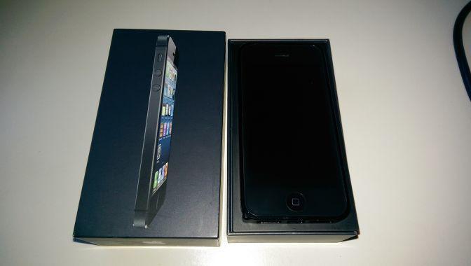 IPhone 5 32 gig black