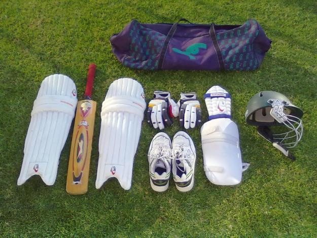 Kookaburra cricket kit in Bloemfontein, Free State for sale