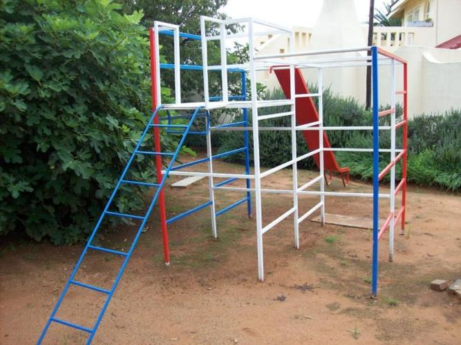 Jungle Gym For Sale >> Large Steel Jungle Gym For Sale For Sale In Benoni Gauteng