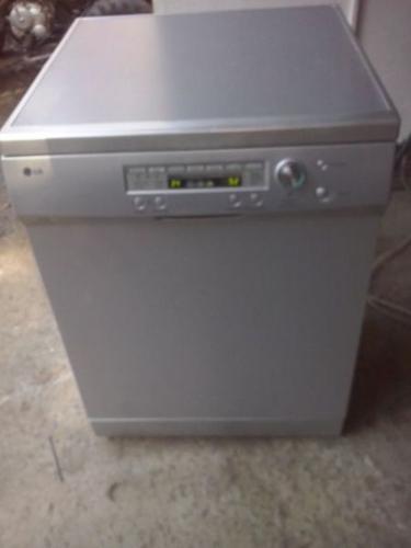 LG Mettalic Silver Dishwasher For Sale