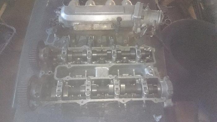 Mazda 2 liter 16v motor. spares. and turbo