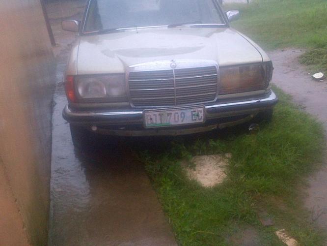 Mercedes benz 230e campshafts
