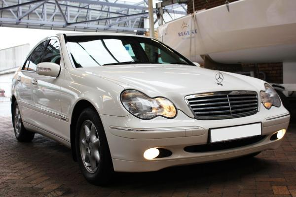 mercedes benz c220 cdi 2002 for sale in cape town western cape classified. Black Bedroom Furniture Sets. Home Design Ideas