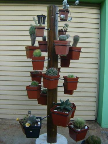 Multiple Pot Stand