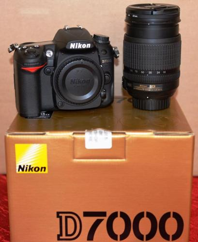 NIKON D7000 with 18-105mm lense