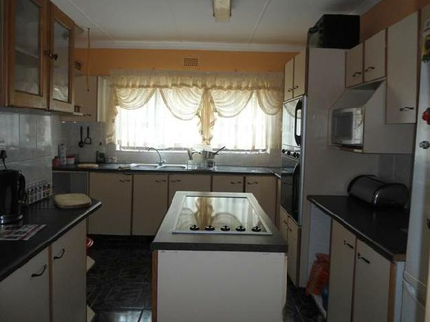 No Description Specified.. - House For Sale