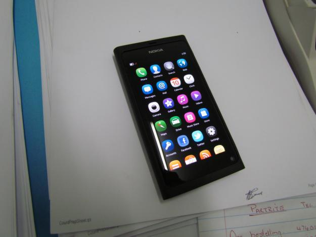 Nokia N9 For Sale.