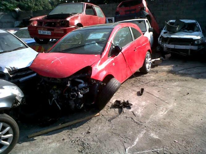 Now Stripping - by Opel City - Opel Corsa Essentia