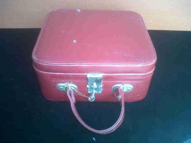 Old red vanity case.