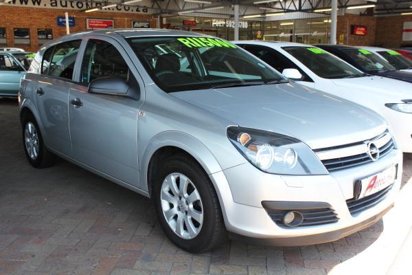 Opel Astra 1.6 Enjoy (2007)
