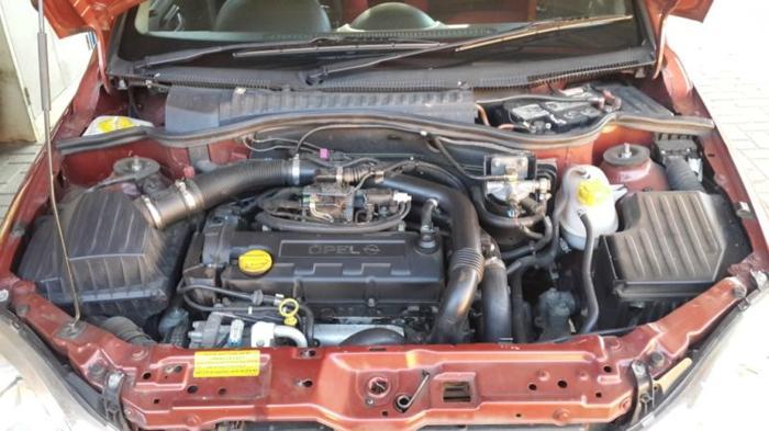 Opel corsa 1.7 tdi