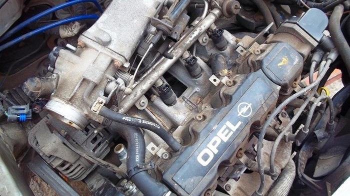 Opel Corsa B 1 4 Fuel Injection Motor