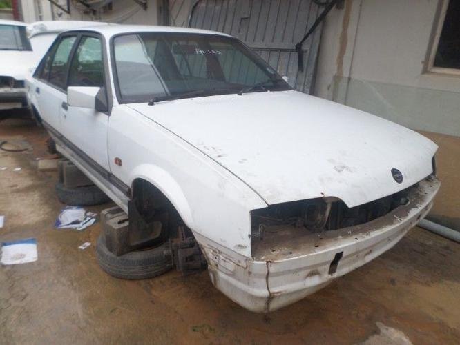 Opel Rekord 3.8 V6 Automatic Stripping For spares