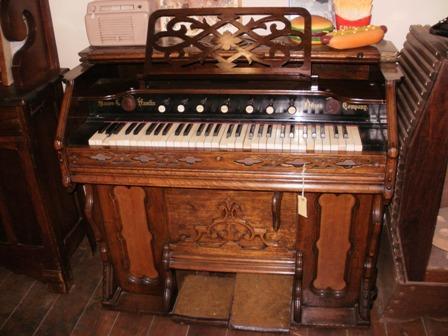 Organ - Antique