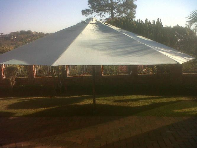 Outdoor Entertainment Umbrella - 5m wide with 2