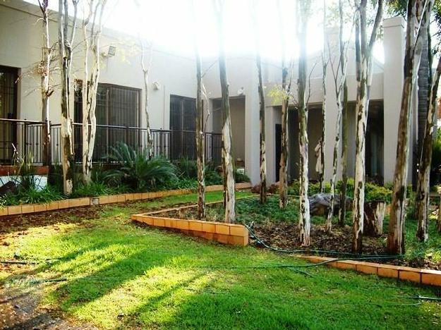P24-100590858. 4 bedroom Rental to rent