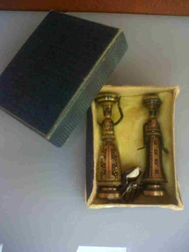Pair of small brass Israeli figurines.