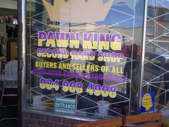 Pawn King we buy sell and pawn Top price for you items