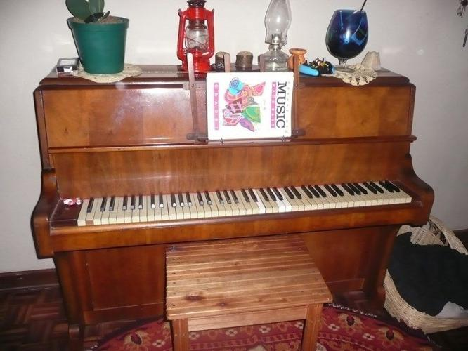 Piano - Monington & Western Masterpiece for Sale in ...