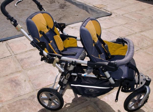 Powertwin Pro + Two Strata Pro Car Seats
