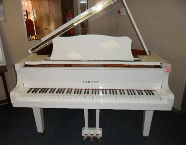 yamaha white grand piano - photo #23