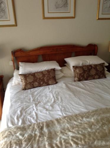 Queen Size Bedroom Suite For Sale In Kempton Park Gauteng Classified