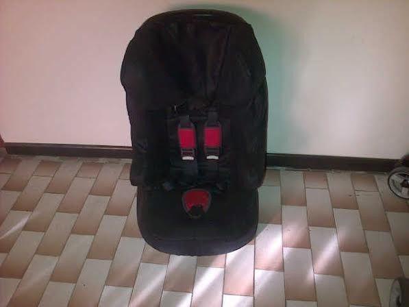 R350 car chair