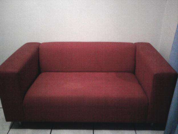 Red Couch and Sowing machine