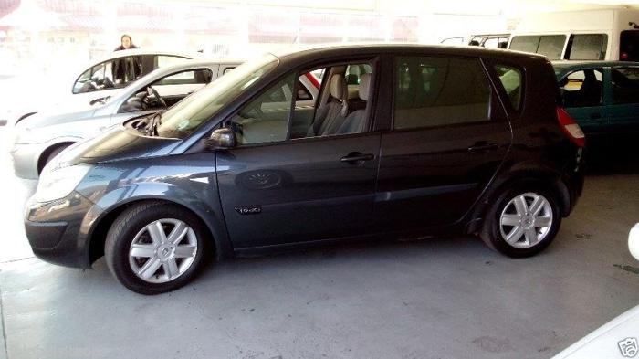 Renault Scenic 1.9 DCI - R49 900.00