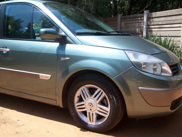 Renault Scenic 2.0 2005