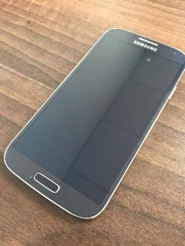 Samsung Galaxy S4 32GB - BRAND NEW SCREEN AND CAMERA!