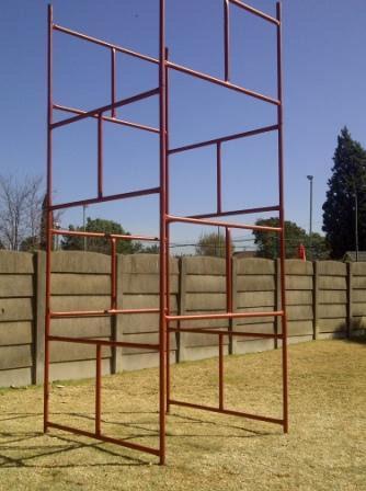 Scaffolding 4M H, 1.5M W For Sale