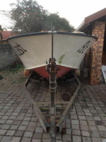 SDV 21 ft ACE CRAFT - Project hull and trailer